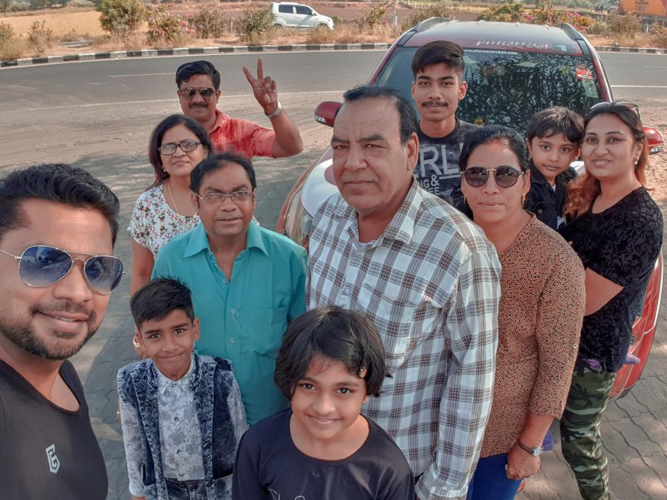 Image may contain: 10 people, including Sharanam Shah, Gopi Shah, Chaitanya Shah and Vaishali Sharanam Shah, people smiling, people standing and outdoor