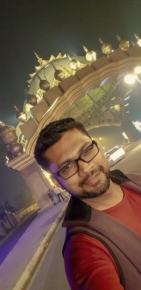 Image may contain: Sharanam Shah, standing and beard